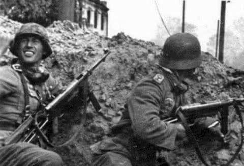 MP-40德军引以为豪的高精度冲锋枪