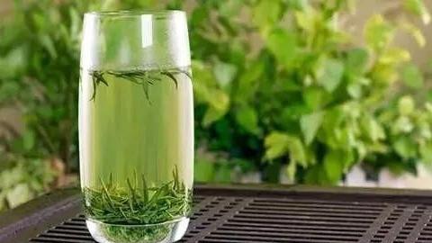 六大茶系茶品,用哪种茶具什么水泡茶,泡出的茶味道最好?