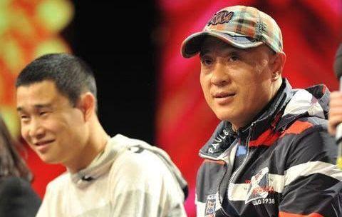 曾欠债20万,赵本山替他还上,46岁的他开百万豪车