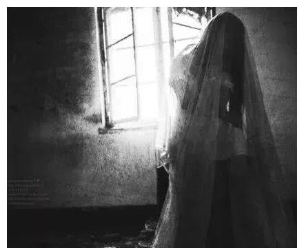 """人死后有灵魂吗?美国物理学家证明亡妻""""灵魂""""存在"""