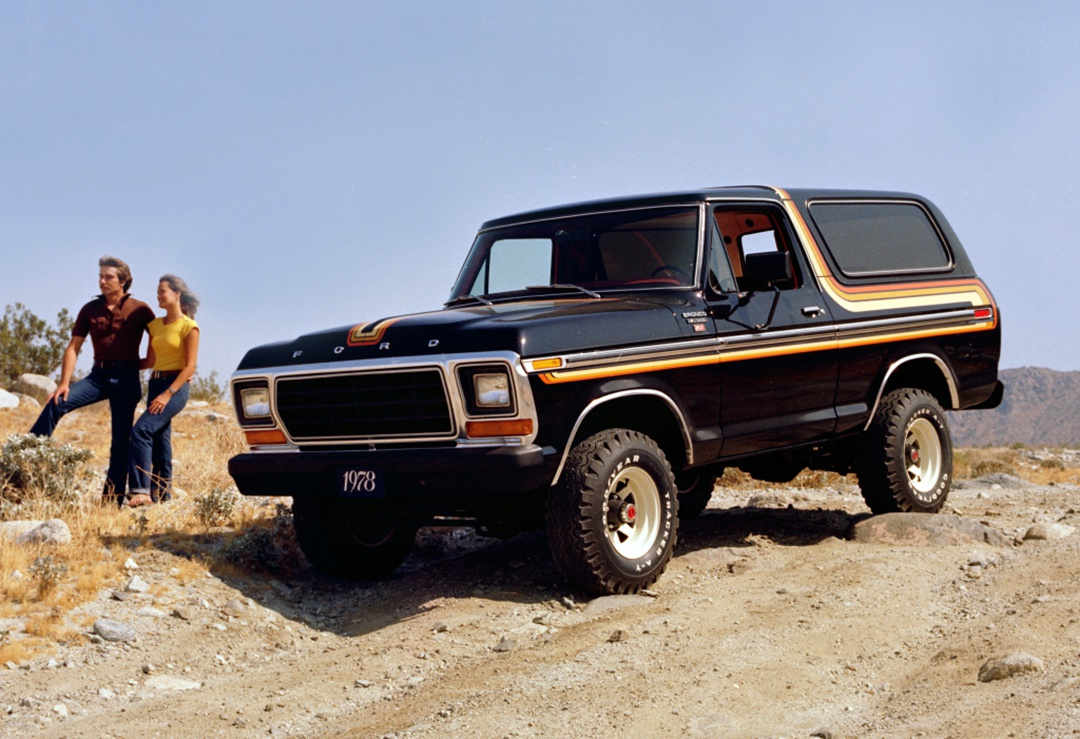 2.3T+10AT,最早最硬的SUV之一明年复活!