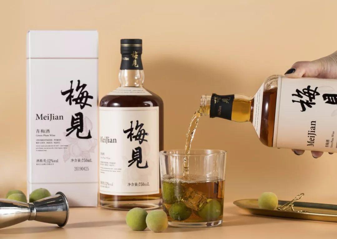 """日本梅酒都跨界红酒、威士忌了,国产品牌还没有""""能打""""的?"""