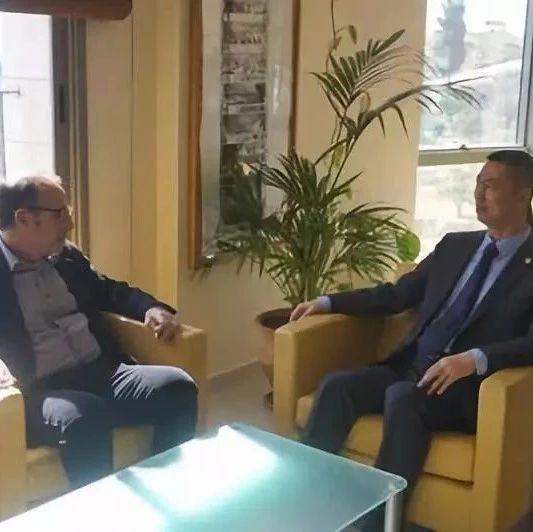 【新闻速递】驻巴勒斯坦办事处主任郭伟会见巴经济政策研究所主任哈利迪