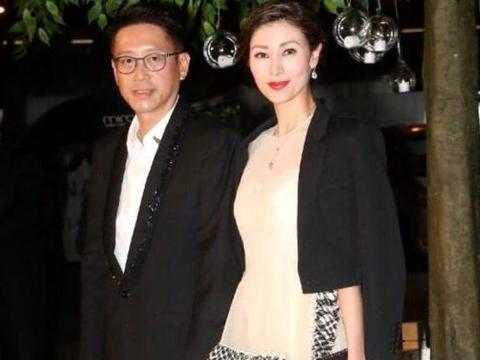 为何香港名媛聚会经常见到李嘉欣,却见不到郭晶晶