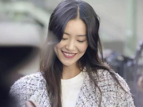 奚梦瑶成豪门阔太,31岁的刘雯没谈过一次恋爱,同是超模对比悬殊