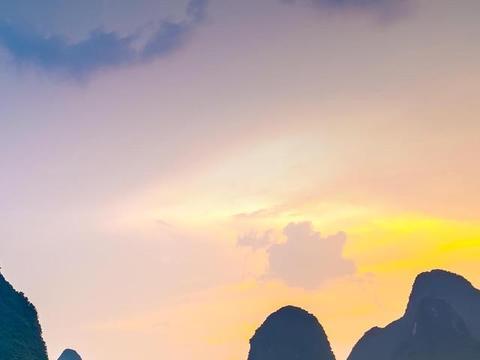 巨蟹座看起来云淡风轻,开开心心的乐天派,其实心里是非常孤独的