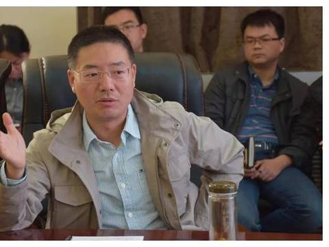 武汉大学汪涛教授受邀到河南大学商学院讲学
