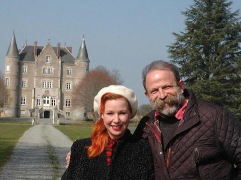 英国一男子用伦敦的房子换了一座法国城堡,一家人从房奴变成贵族