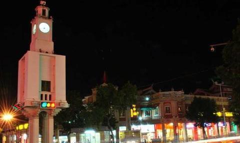 网红景点——泉州西街钟楼