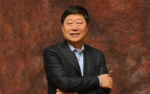 自称张瑞敏二代,撑起千亿市值神话,57岁再次出山整改千亿国企