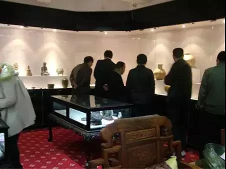 古玩瓷器鉴定专家周兴达,教你如何判断一件器物的市场价值?
