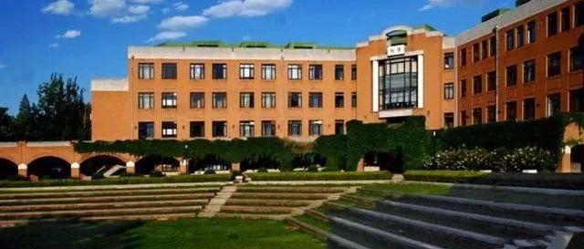 清华大学的本科生,为何要去一所非985、211院校读研?