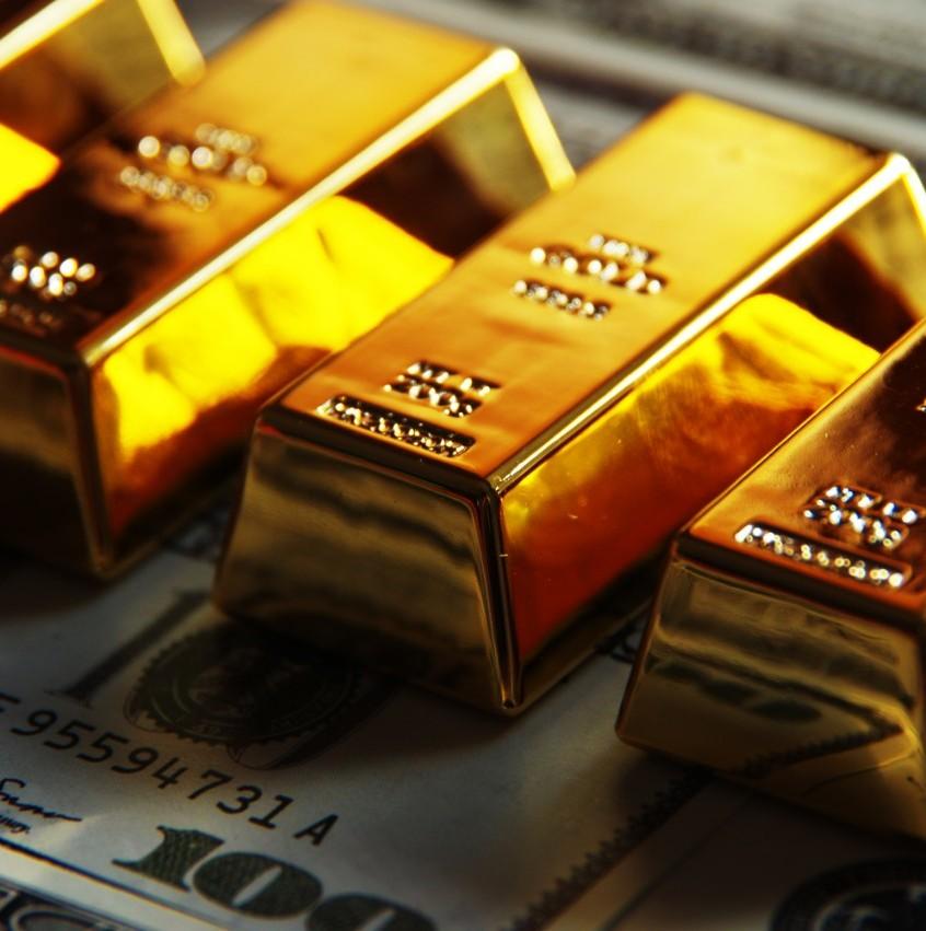 金价遭遇三年来最大周跌幅,多头获利了结?