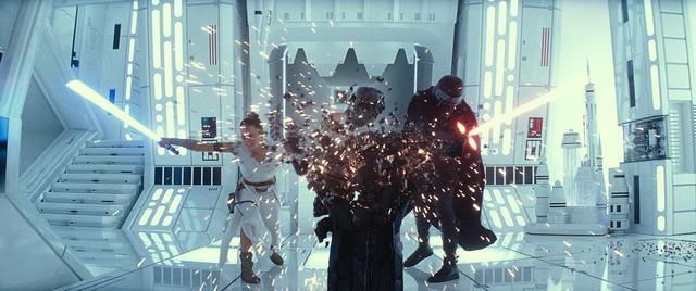 迪士尼+一出场就甩9.3分星战王炸,网飞铁王座之战危险了?