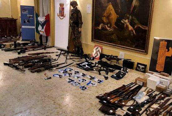 意大利六旬银行家私设军火库 涉嫌合谋恐袭被捕