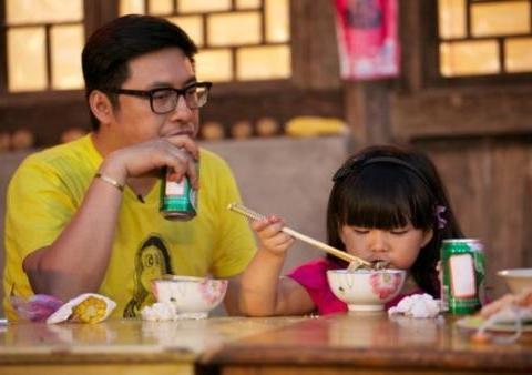 王诗龄仅有的几条微博暴露了李湘王岳伦夫妇到底有多富