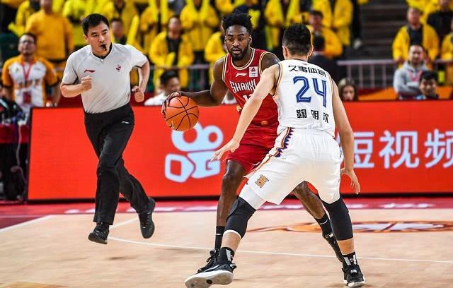 山西男篮签下威少前队友,和三双王组最强双小外,助王非冲季后赛