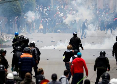 高级警官被路边炸弹炸死,美式民主让玻利维亚陷内战边缘