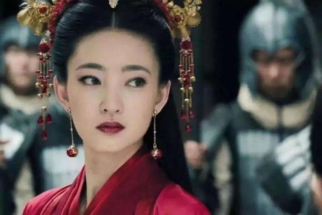 《巴清传》宣布重拍后,网曝女主换成王丽坤,疑将采用AI换脸技术