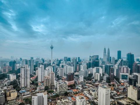 马来西亚住那里?吉隆坡景观最赞的酒店,房中自带绝美都市美景