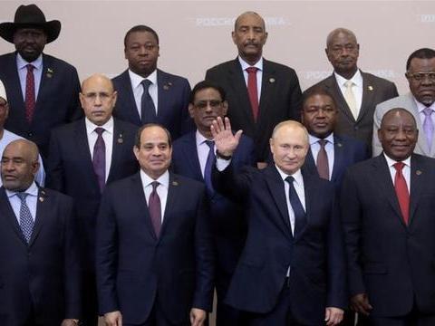 """俄罗斯加入了对非洲的""""争夺"""",其动机是什么"""