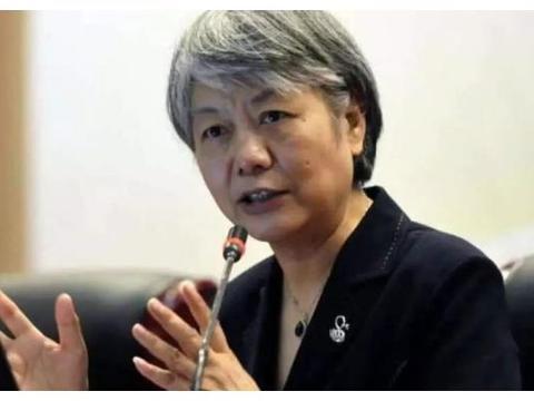李玫瑾:单亲家庭的孩子性格有缺陷?多是父母陷入了三个教育误区