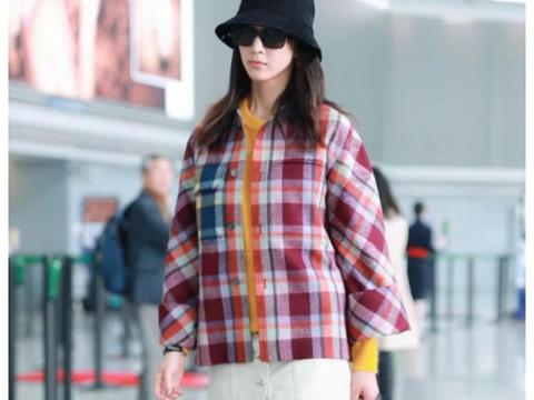 张钧甯为了露腿也是拼了,大冬天短裙走机场,腿精的称号坐实