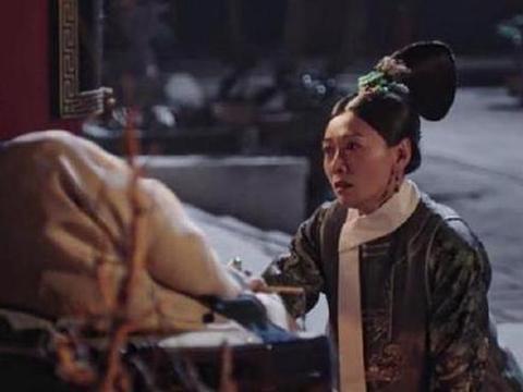 如懿传:如懿丧礼,海兰身后的妃子没有一滴泪!之后瞬间流泪