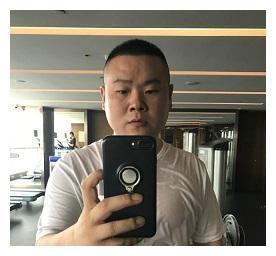 """小岳岳减肥成功?健身照爆红网络,仔细看原来是""""肌肉版岳云鹏"""""""