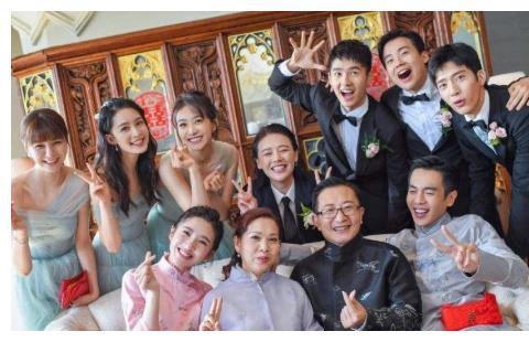 张若昀和唐艺昕婚礼,为何杜海涛没有参加?原因太扎心!