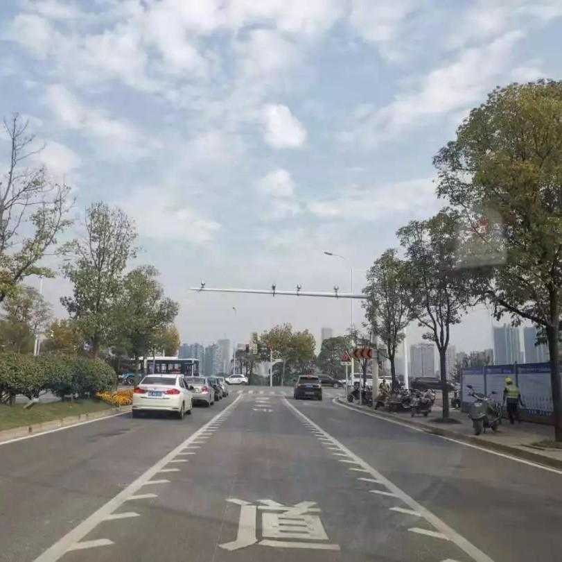 互动丨交通信号灯设置不合理?长沙交警邀您提意见