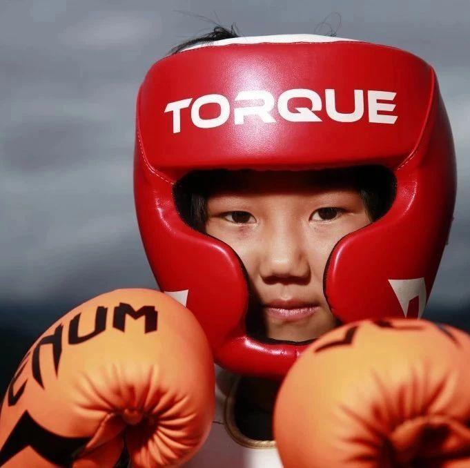 让方便赞赏有加,邹市明邀请其参赛,而她今年才8岁!