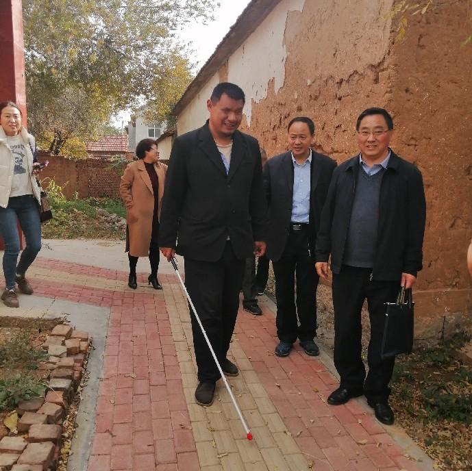 百名记者基层行丨无障碍改造:让四千余残疾人走上幸福路