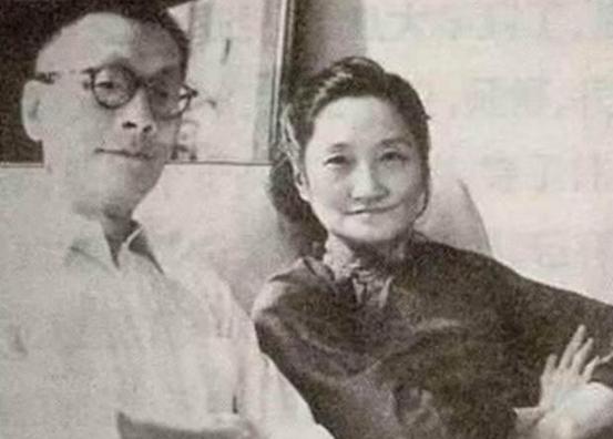 徐志摩死后,陆小曼又和推拿医生同居20年,声称是2张床分床睡