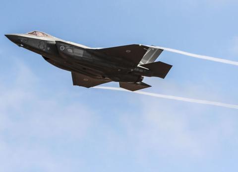 俄罗斯给美系战机排名,满分5分,最新锐F-35多项只有2分?