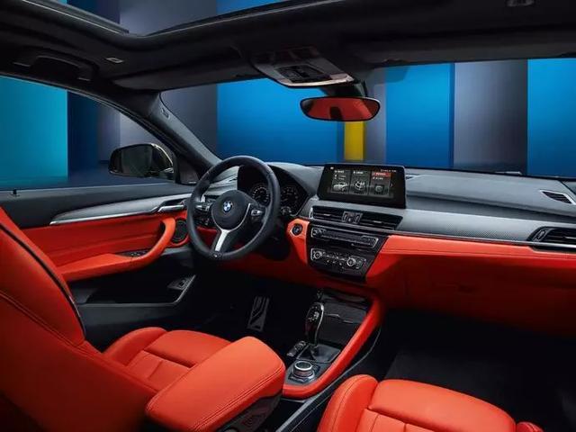 """豪华紧凑级SUV霸主,全新""""宝马X1""""全面升级,更加精致运动"""