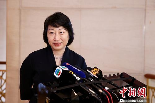 中国驻英使馆:强烈愤慨和严厉谴责行凶伤害香港特区政府律政司司长的恶劣行径