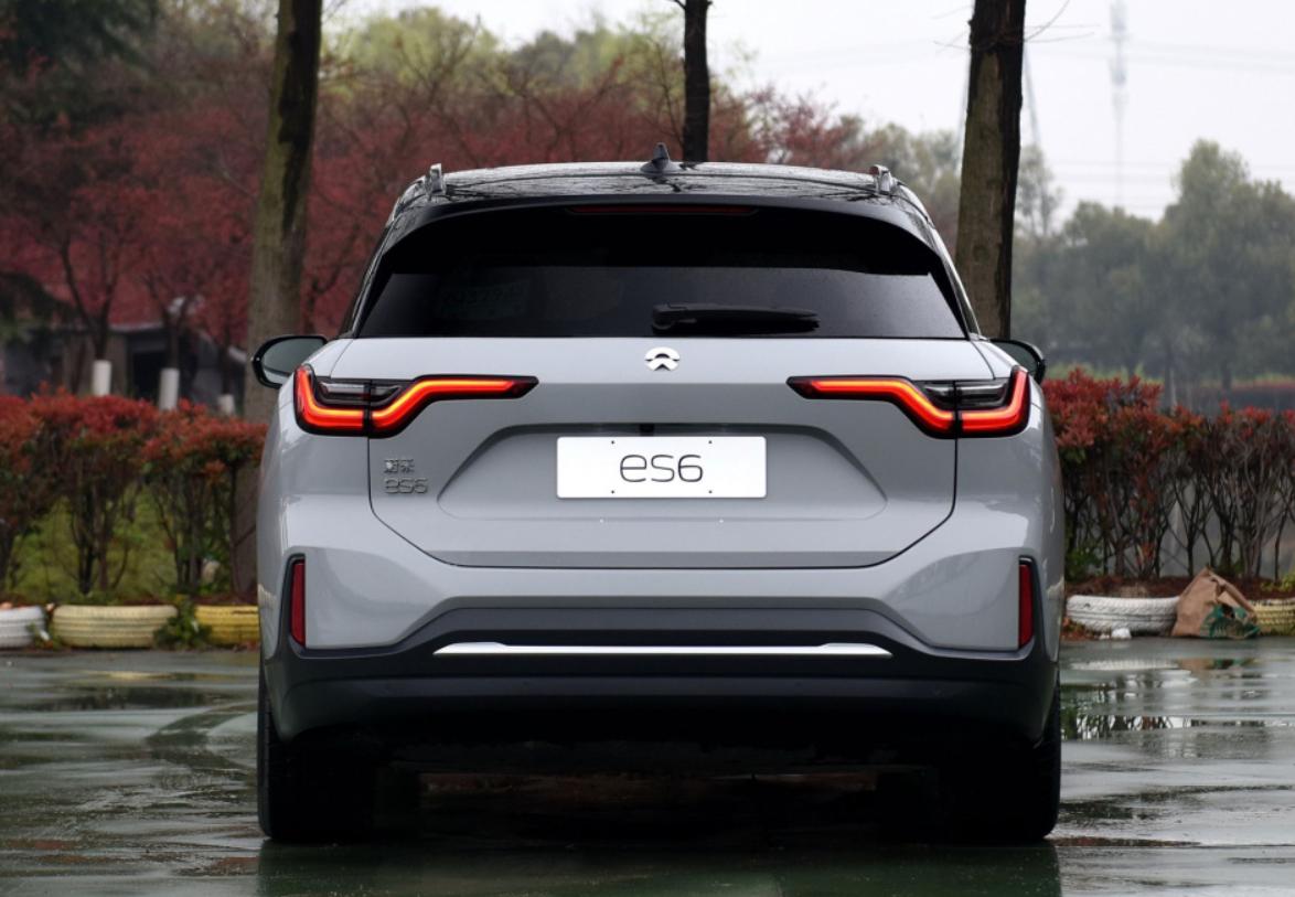 10月高端SUV销量榜:奥迪Q5L占据榜首,沃尔沃XC60被反超