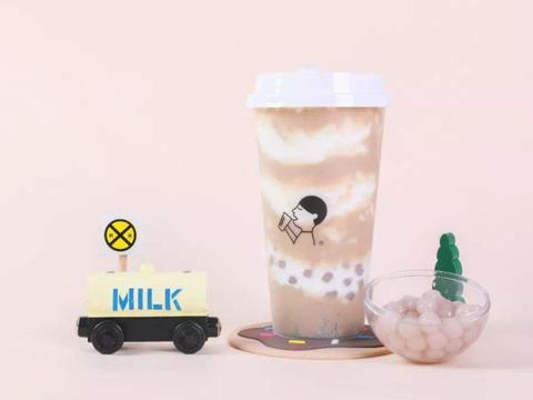 """奶茶的""""非主流""""口味,核桃红枣太养生,咸蛋黄意外卖得很火!"""