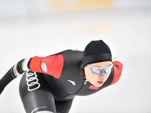 短道变大道,奥运冠军周洋首次代表中国队参加速滑世界大赛