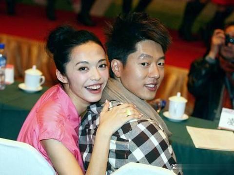 唐一菲谈婚姻需要底线,和凌潇肃成模范夫妻,网友:在说姚晨?