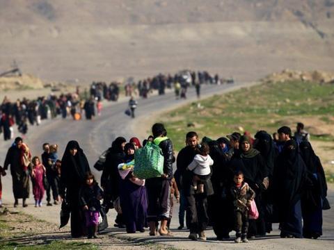 """""""350万难民""""即将抵达欧洲,中东大国称:没几十亿美元搞不定!"""