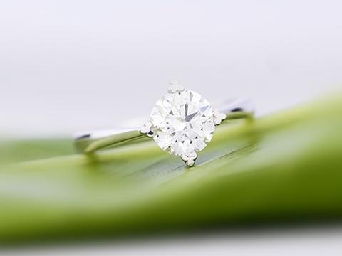 钻石小白知道一克拉的钻戒多少钱吗?怎么买才能少花冤枉钱?