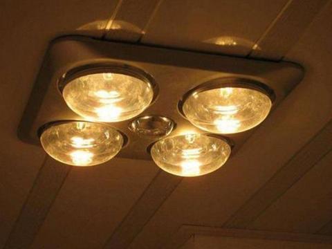 卫生间不要装灯暖浴霸了,听师傅一说,早五年前就已经过时了