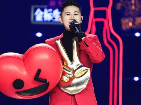 欧阳靖揭面亮相「蒙面唱将猜猜猜」,首秀中文慢歌惊艳荧幕