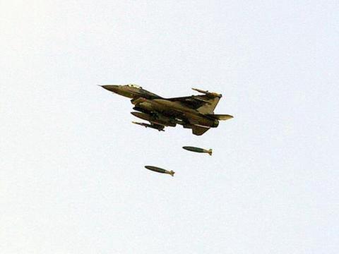 驻日美军战机误扔导弹进私人领地,日网友:这是在练习轰炸日本?