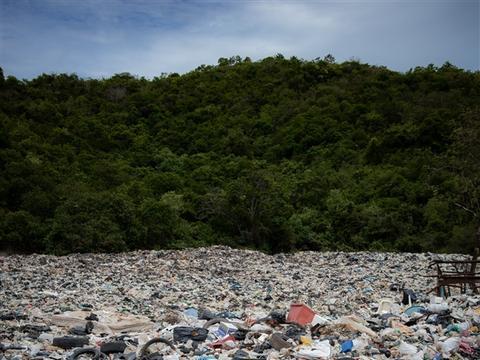 限塑令11年:废塑料不减反增 外卖成限塑令灰色地带