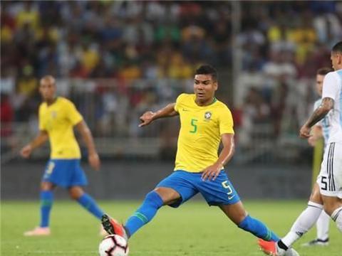 今晚焦点赛事!巴西对阵阿根廷,梅西回归、内马尔缺席