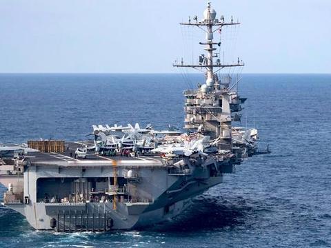 外媒:100多国近万名军人有幸远眺中国陆上航母 有人啧啧赞叹