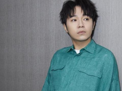前经纪人起诉吴青峰侵权,自己创作的歌自己不能唱的?粉丝:可笑